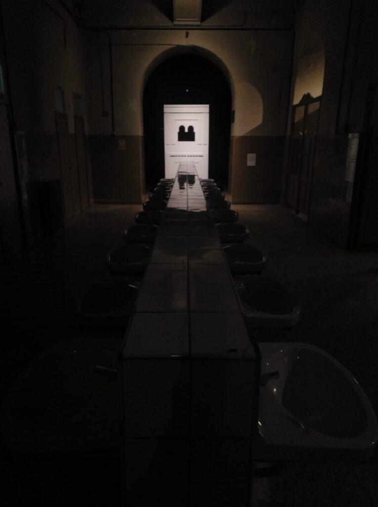 """""""Escultura en Árabe"""" en la exposición CREAR/SIN/PRISA. Tabacaleria Promoción de Arte. Madrid. Abril 2019."""